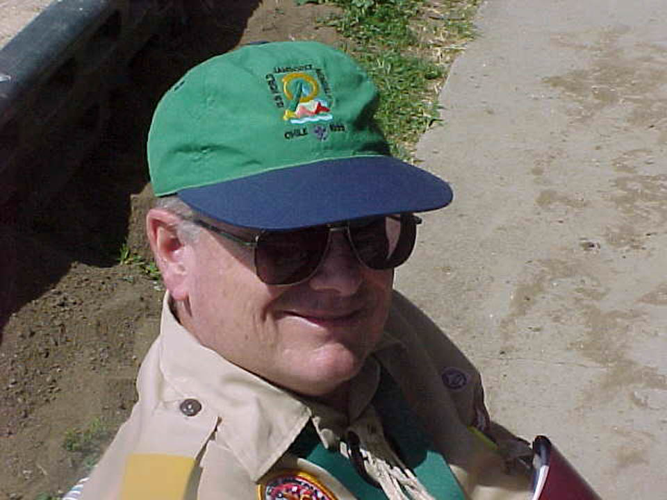 Tom at the 2002 Section W4B Conclave.